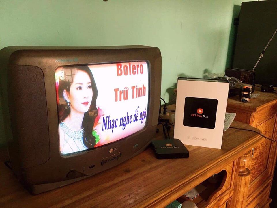 Xem youtube trên Tivi đời cũ